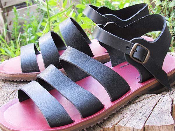 Scarpa artigianale sandalo